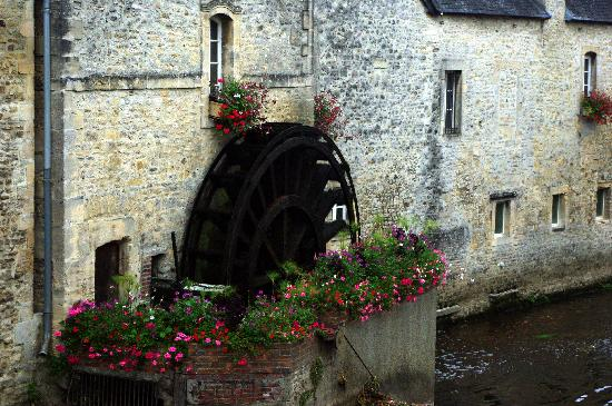 Bayeux, Francia: Mulino sull'Aure