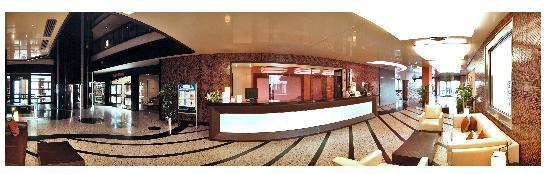 Blue Bay Classic Hotel : panoramic picture of lobby reception area