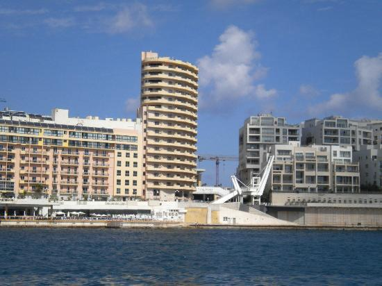 Excelsior Grand Hotel: View of harbour