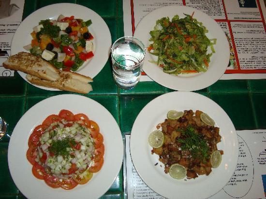 Lemon Tree Amarante Beach Resort, Goa: Great presentation of food
