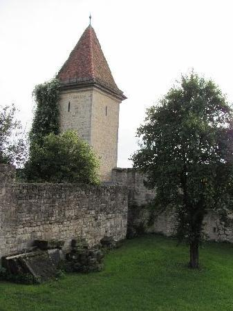 Town Walls: Bettvogelstrum at the monastery