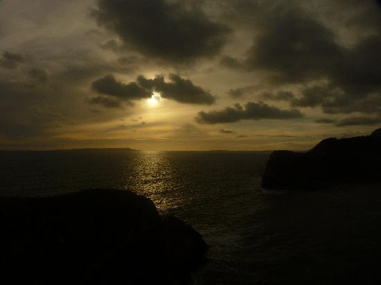 Bindon Bottom B&B: Lulworth Cove Sunset