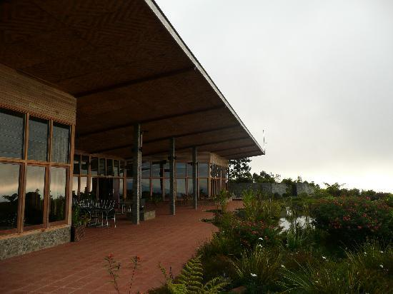 Rondon Ridge: Main building and restaurant