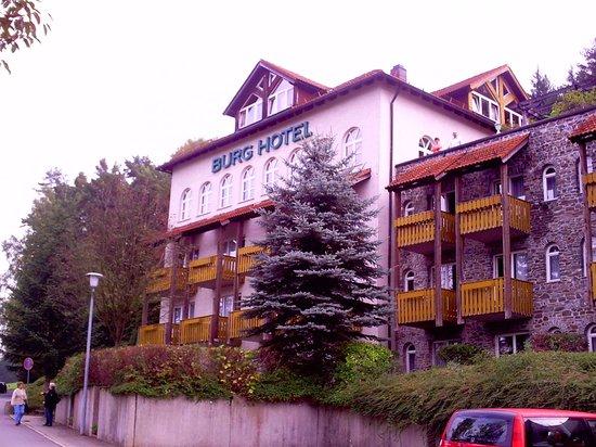 Burghotel Am Hohen Bogen : Hauptgebäude des Burghotels