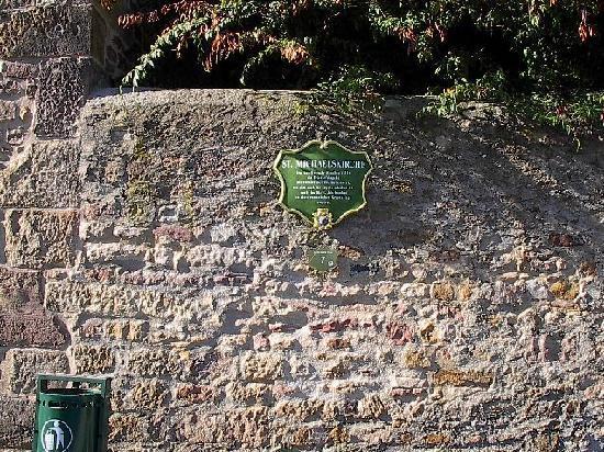 Michaelskirche: wall
