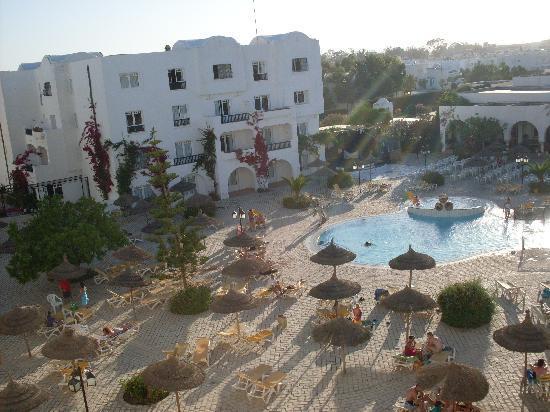 L'Ecrin Sandra Club: Piscina Hotel Sandra Club