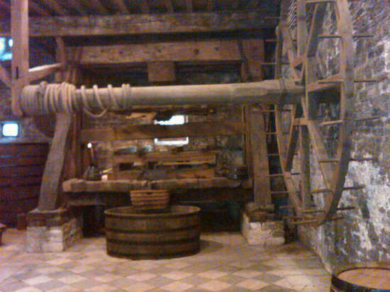 Beaune, Frankrike: ancient wine press