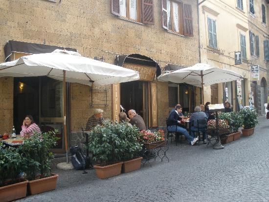 Castello Banfi - Il Borgo: Hostaria Posterula in Orvieto