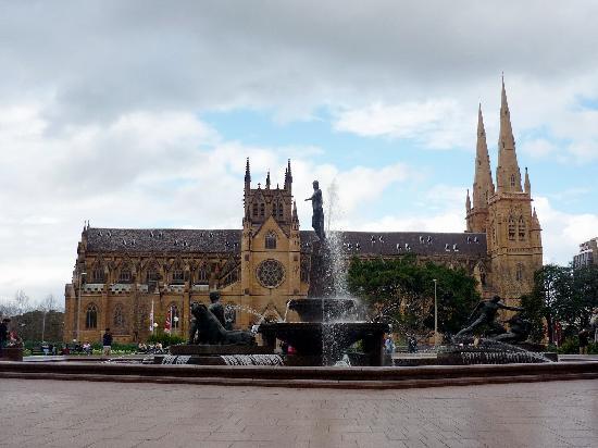 Sydney, Australia: St Mary La catedral gótica más grande de Australia