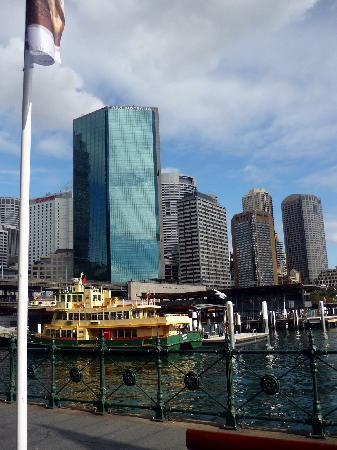 Sydney, Australien: Bahía de Jackson. Edificios del centro financiero