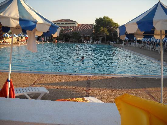 Abou Nawas Montazah Tabarka : La piscina