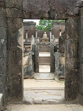 Полоннарува, Шри-Ланка: Polonnaruwa, North Central