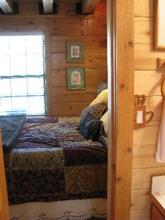 Hart's Rocky Mountain Retreat: Main Floor Bedroom