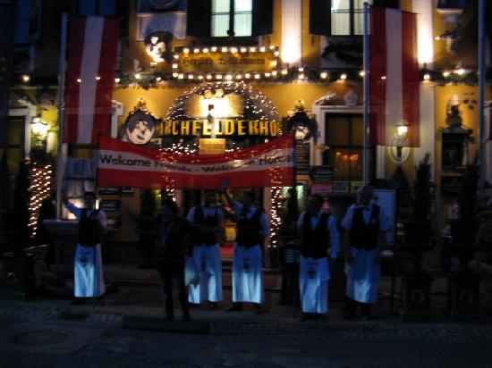 Deutsch Wagram, Austria: Waiter's greeting