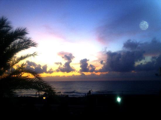 Mojacar Playa Hotel : Amanecer desde la habitacion