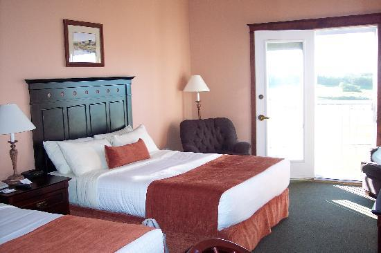 Rodd Crowbush Golf & Beach Resort: Room at Crowbush Resort - Different View