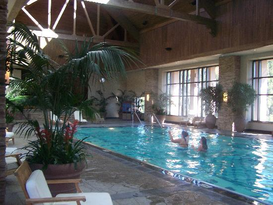 Black Hawk, CO: Top floor pool