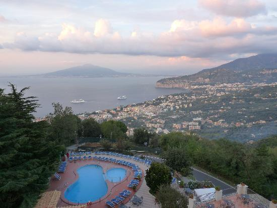 Grand Hotel Hermitage & Villa Romita: Bay of Naples - view from 5th Floor Bedroom Balcony