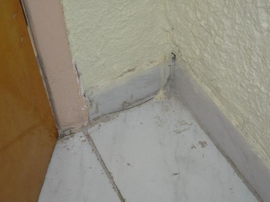 Hotel Albatros: Hinter der Zimmertüre