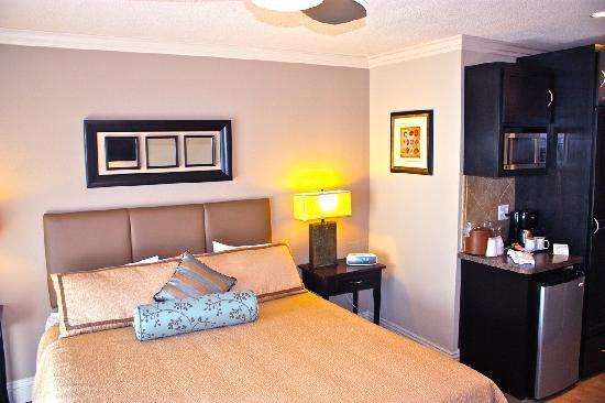 Laguna Riviera Beach Resort 0