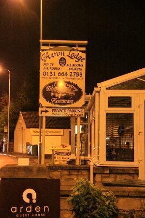 Aaron Lodge: Entrance at Night