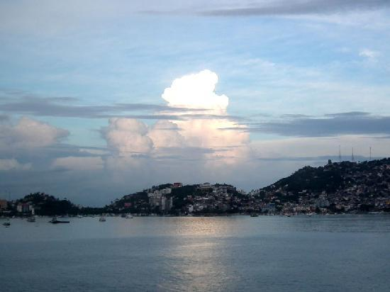 Tour by Van - Day  Tours : Acapulco