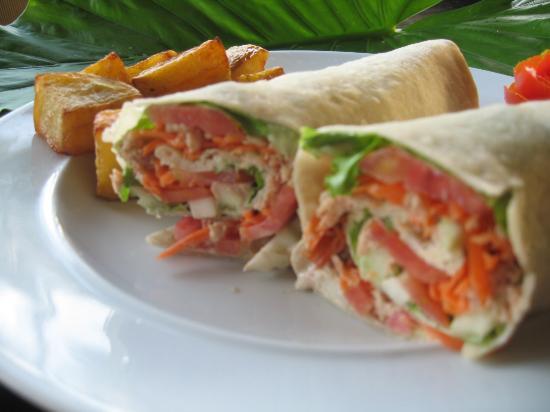 Nic's Ristorante Pizzeria & LoungeBar : Homemade Wraps
