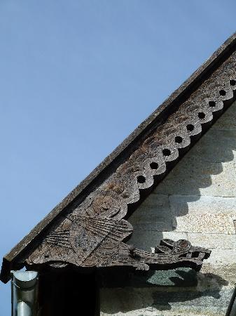 Hove Stone Church: Detail der Schnitzereien