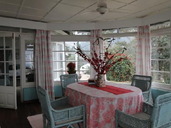 Glenburn Tea Estate: Rose Suite