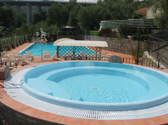 Camping Edy : piscina 1