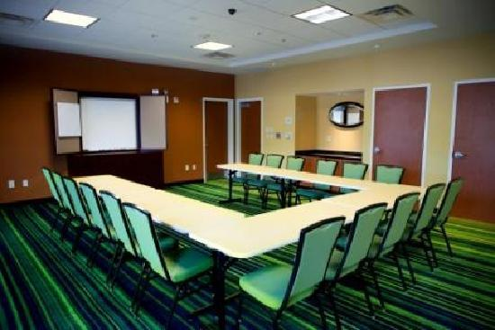 فيرفيلد إن آند سويتس باي ماريوت شاتانوجا: Meeting Space
