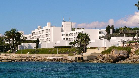 Almyra Hotel Reviews