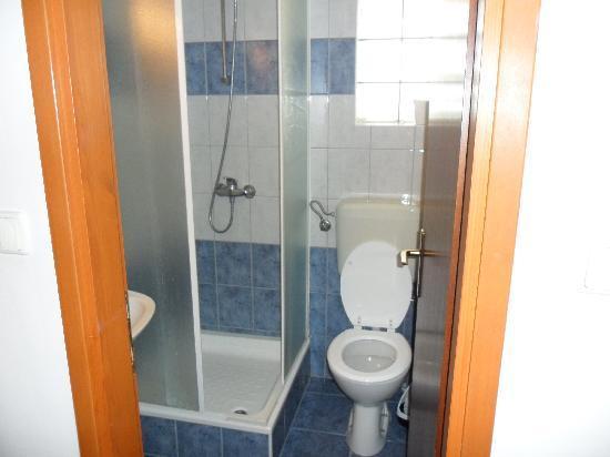 Minuscule salle de bain - Minuscule salle de bain ...