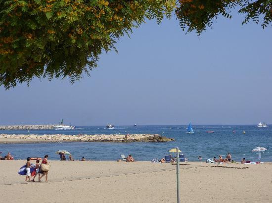 Camping La Torre del Sol: Cambrils beach definately worth a visit