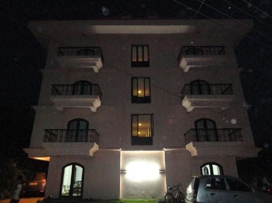 Calangute Grande: Hotel Building
