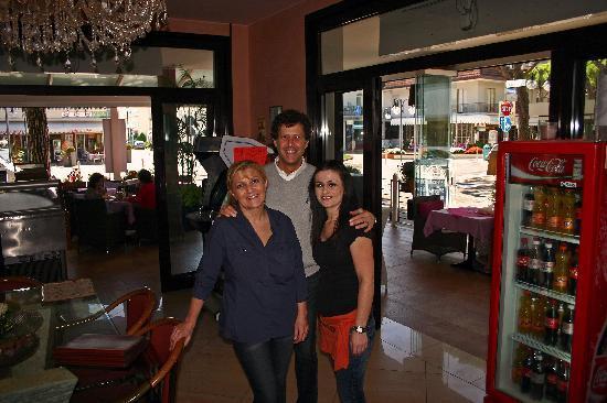 Hotel D'annunzio: Monica, Maurizio & Ella