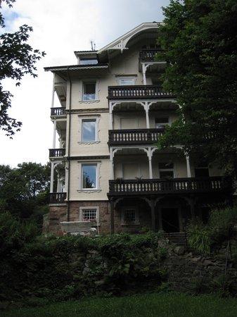 Hotel Kehrwieder: Ostseite mit Eingang