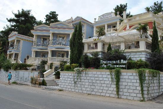 Enavlion Hotel Batagianni: Hotel