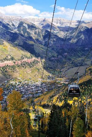 Bear Creek Lodge: You can get off the gondola right before descending into Telluride and check out the views.