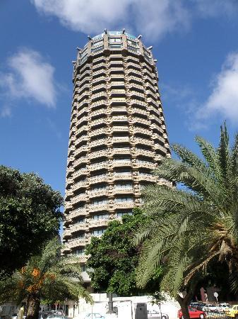 Las Palmas de Gran Canaria, Ισπανία: Famous Tower - AC hotel