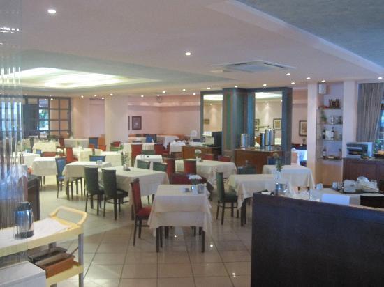 Ideon Hotel: Dining Room