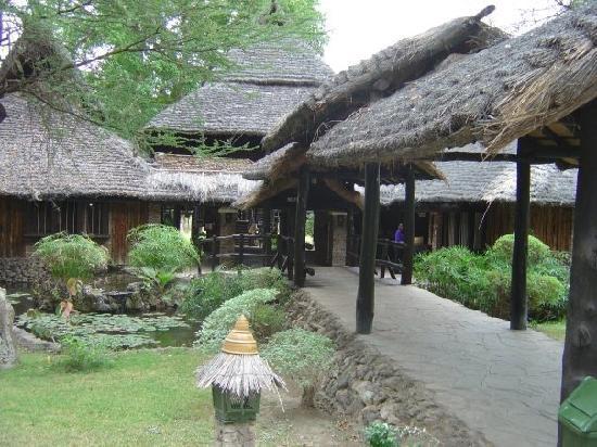 Sarova Shaba Game Lodge : Entrance to the lodge