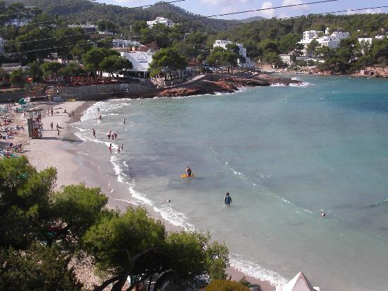 Apartamentos Club Paradise Beach : One of the other main beaches in Portinaxt