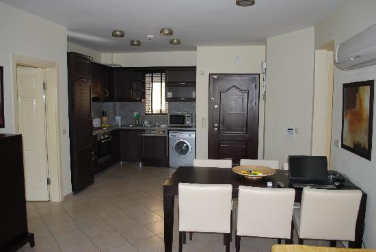 CLC Apollonium Spa & Beach : Typical kitchen