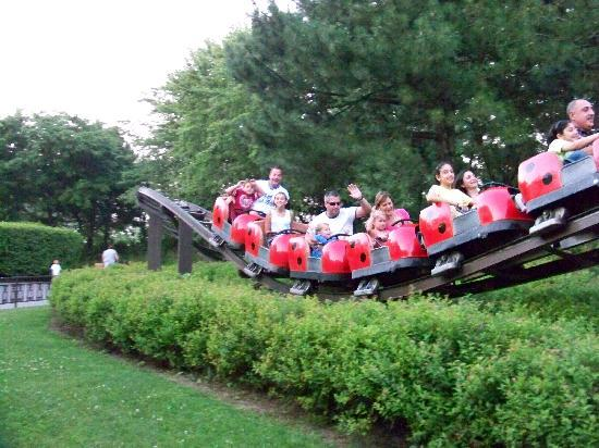 Fun kiddie rides - Picture of Marineland, Niagara Falls ...