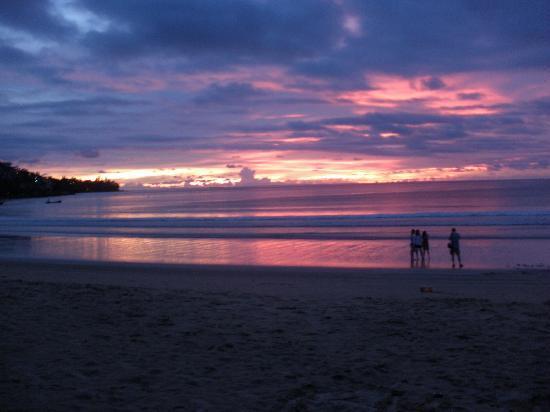 Sunwing Kamala Beach : Sunset September 2010