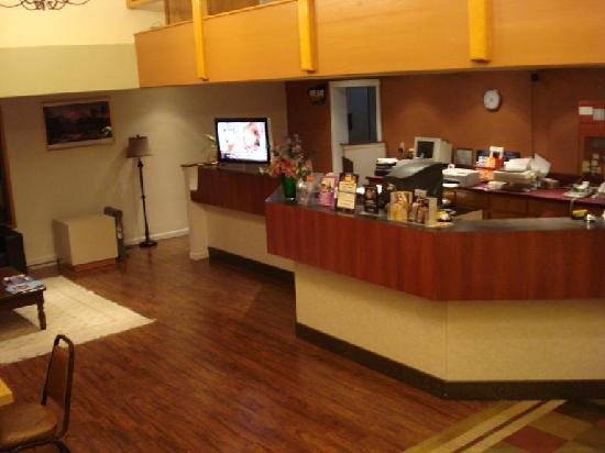Bellingham Lodge: Lobby 1