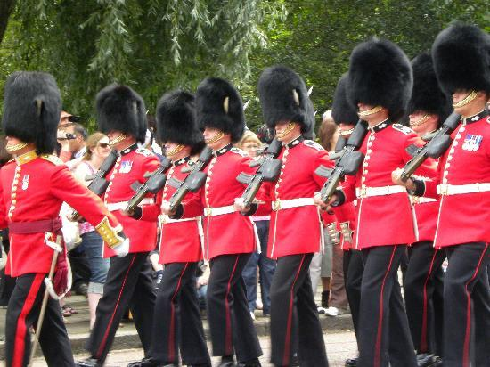 Londres, UK: Changing of the Guard