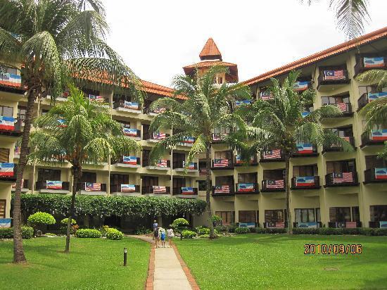 สุทีรา ฮาร์เบอร์ รีสอร์ท: Room balconies