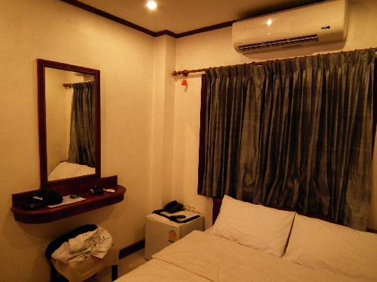 New Lao Silk Hotel: Lao Silk Hotel's room